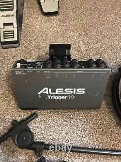 Alesis DM10 Electronic Drum Kit, Drum Machine
