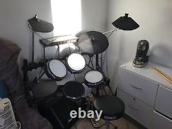 Alesis DM5 Electronic drum Kit And Accessories, (speaker not included)
