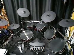 Alesis Strike Pro 11pc electronic drum kit + Extra's