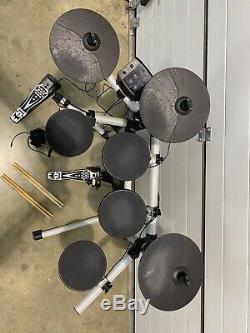Axus AXK2 Electric Drum Kit / Electronic Digital Drums / Inc Headphones & Pedal