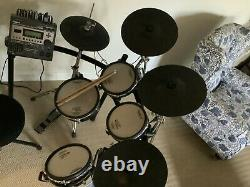 ROLAND TD12 V-DRUMS Electronic Drum Kit Pearl Kick pedal