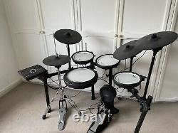 Roland TD-17KVX V-Drums Electronic Drum Kit 9 Months Old. Including Kick Pedal