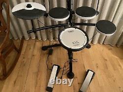 Roland TD-1KV Electronic V Drum Kit (mesh snare)