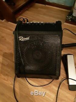 Roland TD-1K Electronic V Drum Kit including redwood dr-30 speaker and stool