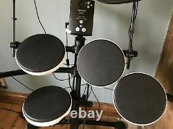 Roland TD-1K Electronic V Drum Kit + music book barely used, great condition