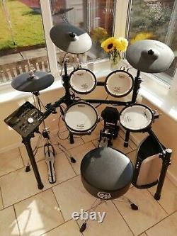 Roland TD-25kv Electronic V Drum Kit and Roland PM-03 amplifier
