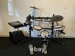Roland TD-8 V-drums Electronic Drum Kit, Pearl Bass Pedal, Medeli AP30 Amp, Cans