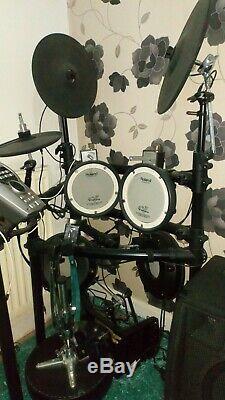 Roland electronic drum kit Td15 Hardly Any Use plus alto kick 12 400 watt amp