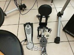 Yamaha DTXplorer Electronic Electric Drum Kit With peavey KB 1 Amp
