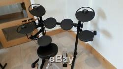 Yamaha Electronic Drum Kit DTX400K Good Used Condition complete with Stool